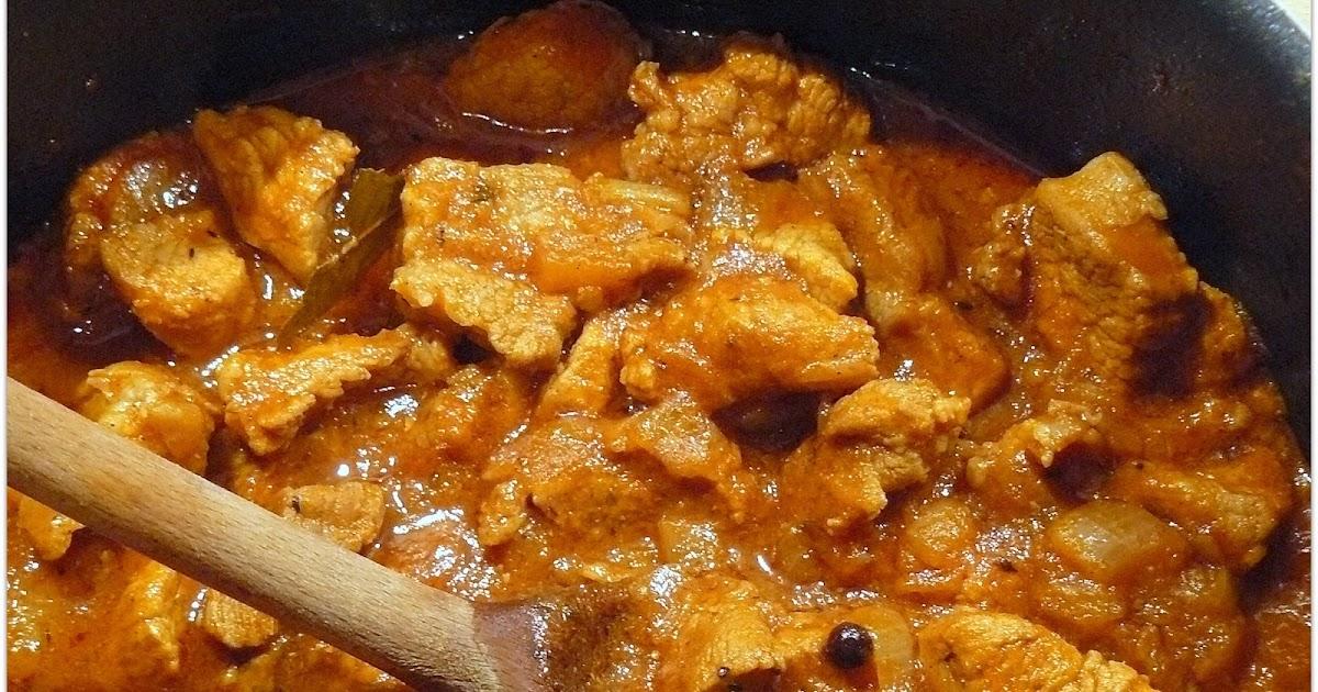 Kuchnia Sabiny: Gulasz w sosie pomidorowo -paprykowym
