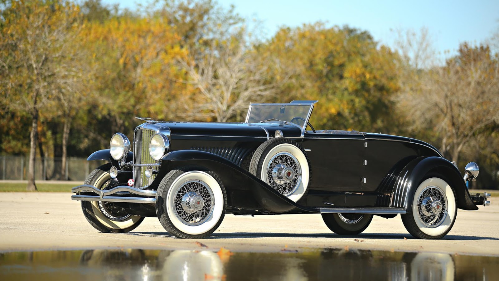 1931 Dusenberg Model J Murphy Convertible Coupe: $2,640,000