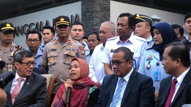 Tiba di Tanah Air, Siti Aisyah: Terima Kasih Presiden Jokowi