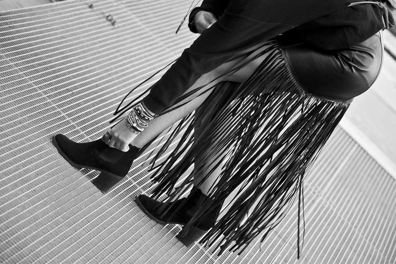 H&M fringes skirt