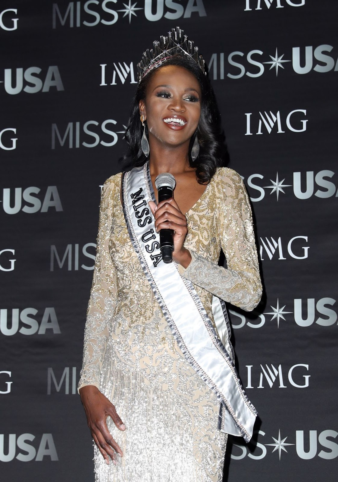 Army Reserve Officer crowned Miss USA 2016
