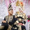 Semahal dan Seempuk Apapun Bantalmu Takkan Mampu Mengalahkan Nyaman dan Tenangnya Bahu Suami yang Shaleh