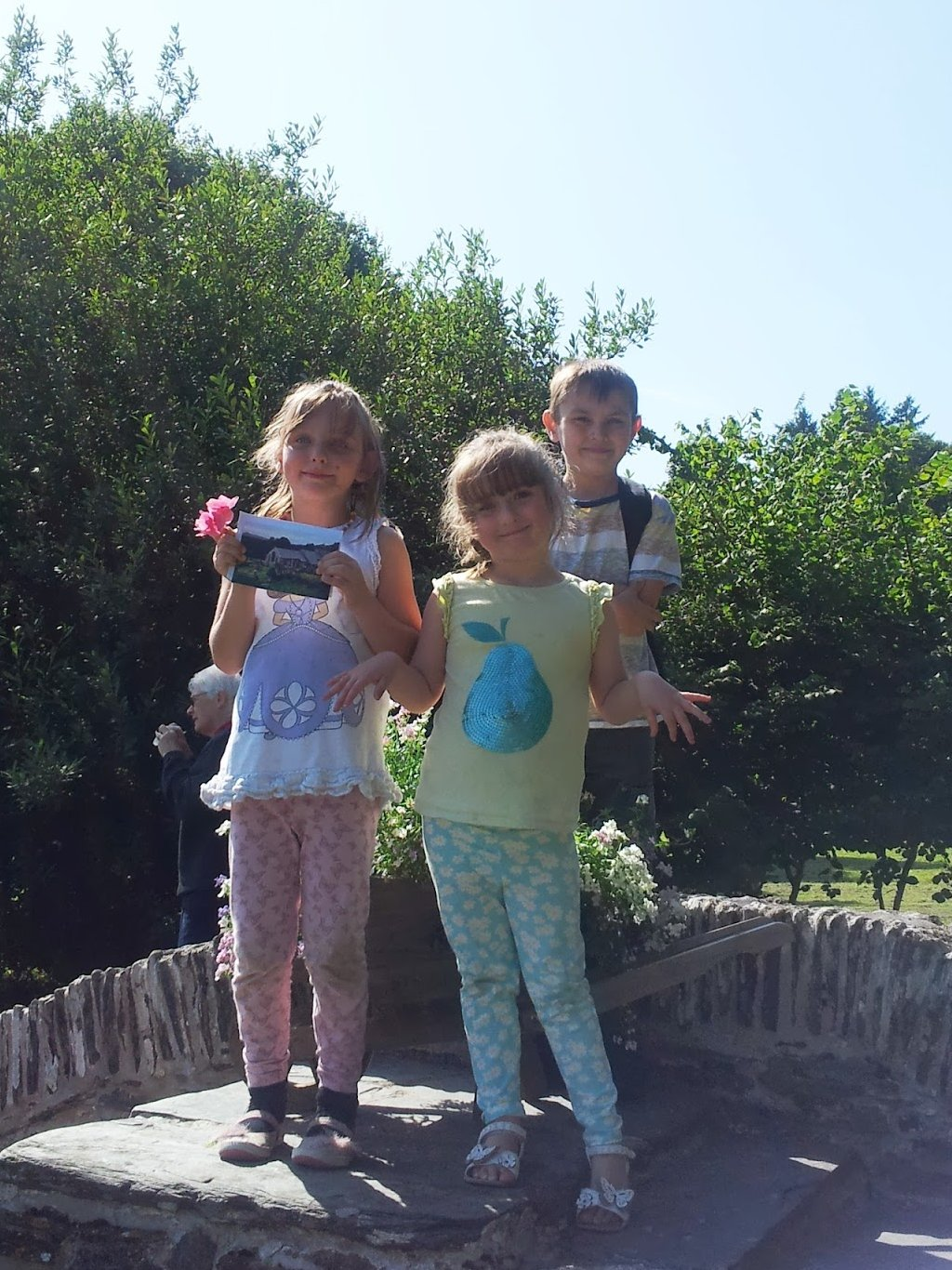 , A Beautiful Day at Nevern and Newport, Pembrokeshire  #CountryKids