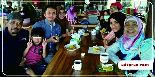 Makan bersama di Resto Leyeh-Leyeh | adipraa.com