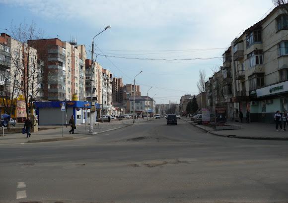 Славянск. Ул. Свободы