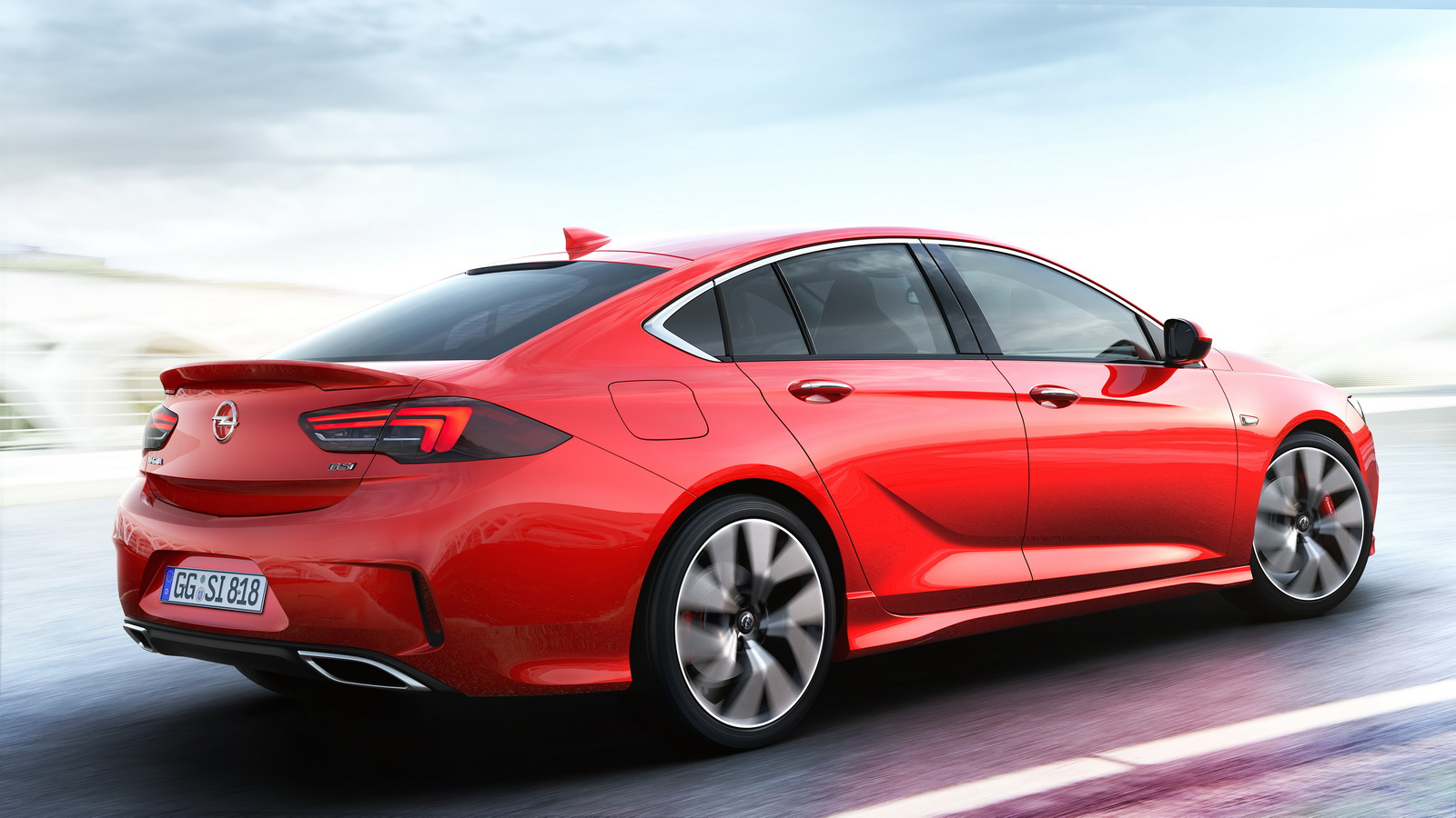 Opel-Insignia-GSi-03.jpg