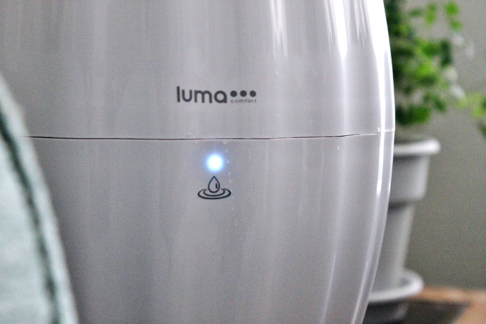 Luma Comfort HC12W and HC12B Ultrasonic Cool Mist Humidifiers- Sleek design friendly profile with 3 ajustable heights for targetted climate control. Wireless remote operation with visual and tone selection keys. #ad