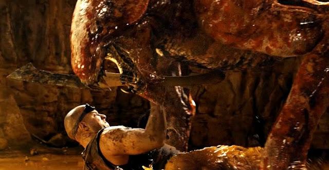 Vin Diesel lupta cu un monstru - Riddick