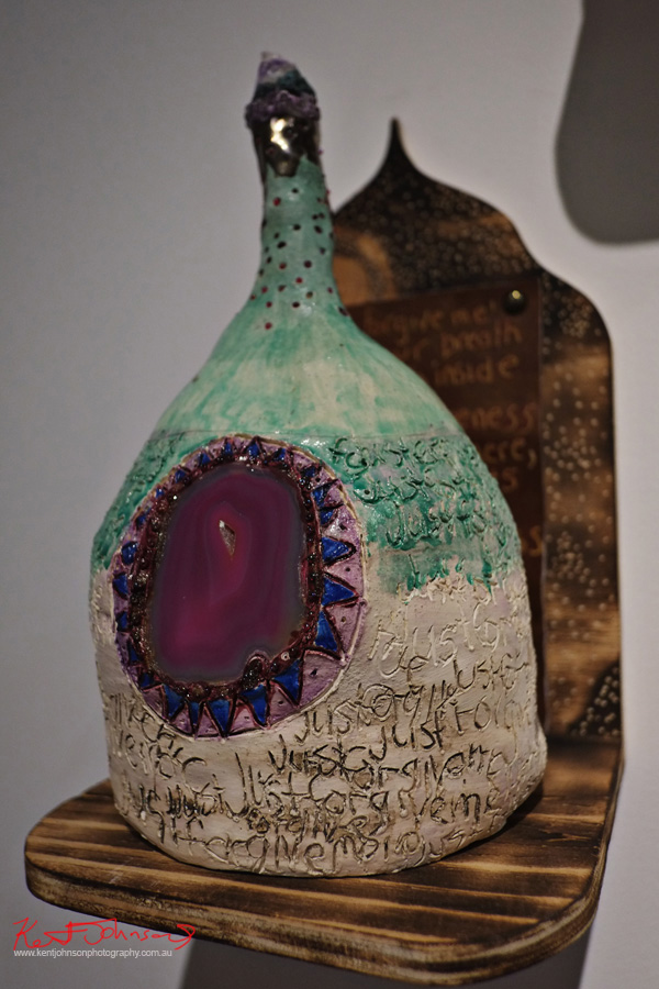 Detail, Ceramic and thunder egg art works, go deeper, KUDOS Gallery.