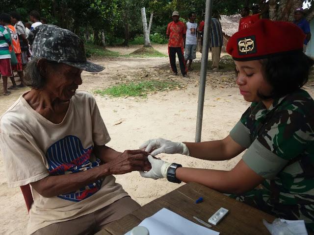 Tim Ekspedisi NKRI Berikan Pengobatan Gratis Dan Lestarikan Alam  Papua Selatan