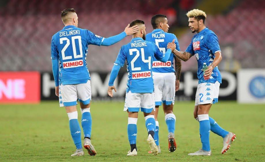 Napoli-Sassuolo: risultato firmato Ounas Insigne, si torna a -6 dalla Juve in classifica.