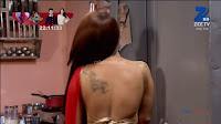 Sha Ajmani aka Garima AjmaniRed saree and Backless Choli Flower Tattoo 7 .xyz.jpg