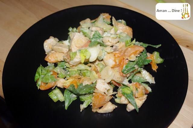 Salade de poulet aux abricots et aux amandes
