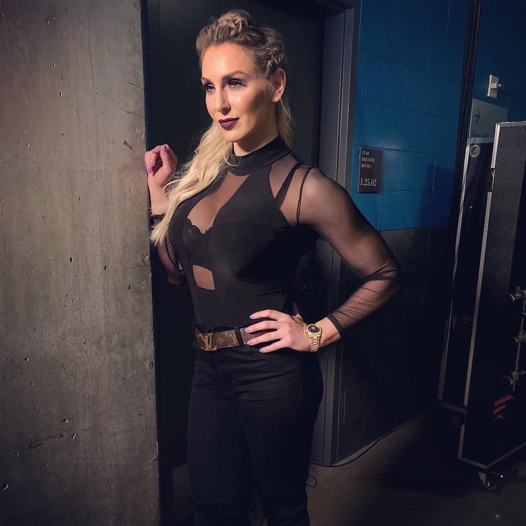 2019: Charlotte Flair Sexy Descuido Instagram 2019