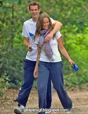 Kim Sears and her boyfriend Kim Sears