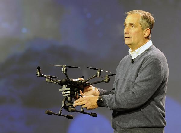 Intel 無人機