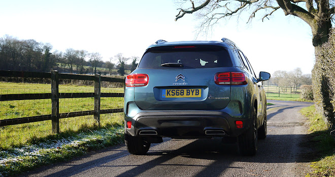 Citroen C5 Aircross rear view