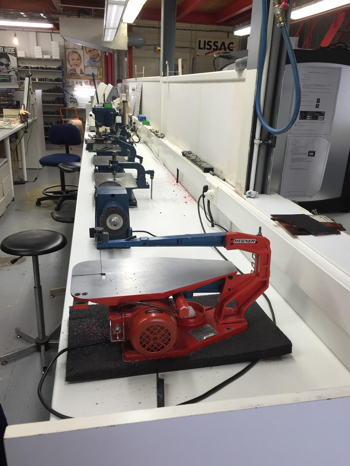 6df50a84b4cc1c A ce moment là, Studio Lissac me propose de tester leur service sur mesure.  Je me dis