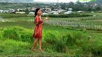 Yovel Purba feat Nurlela Purba - Embashon Bapa Inang