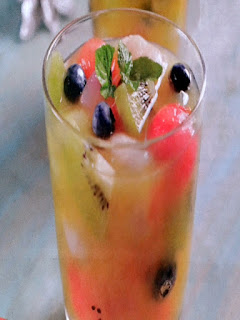 Gambar Resep Minuman Es Jeruk Campur