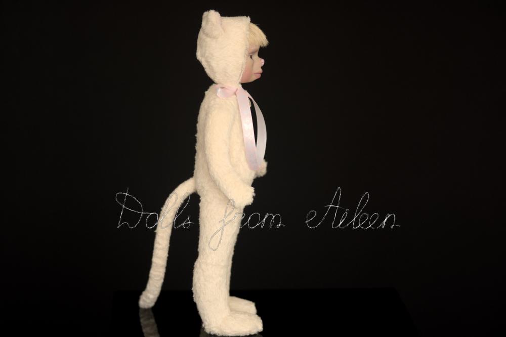 ooak artist teddy cat doll, view from side