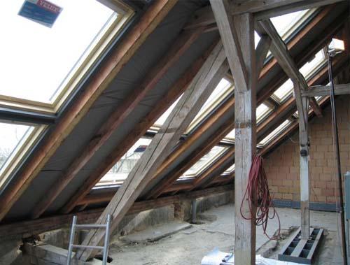Particolare dei lavori di ristrutturazione di un piccolo loft a Praga