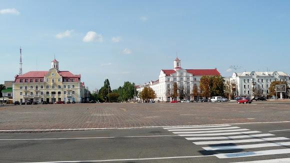 Чернигов. Красная площадь