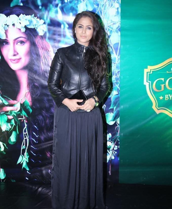 Telugu Actress Simran 2017 Stills In Black Dress