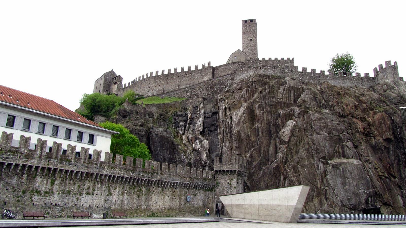 Ticino_Bellinzona Castle Grande