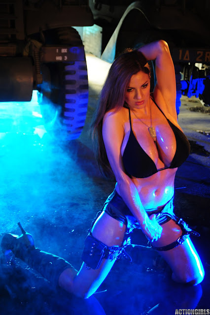 Jordan-Carver-Action-Girl-Photoshoot-Hot-and-Sexy-Pic-70