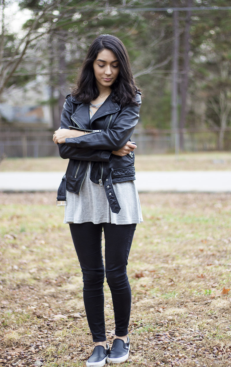 How to wear a leather jacket during winter