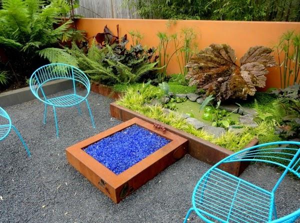 Colores para las paredes del patio o la terraza guia de for Paredes de madera para jardin