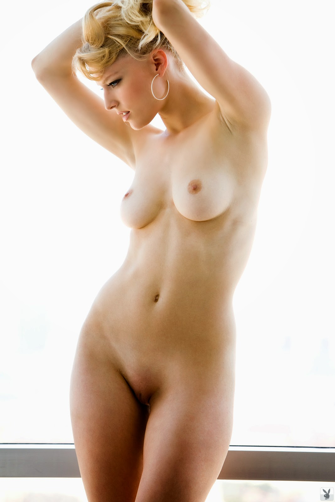 The naked pictures of linda evans