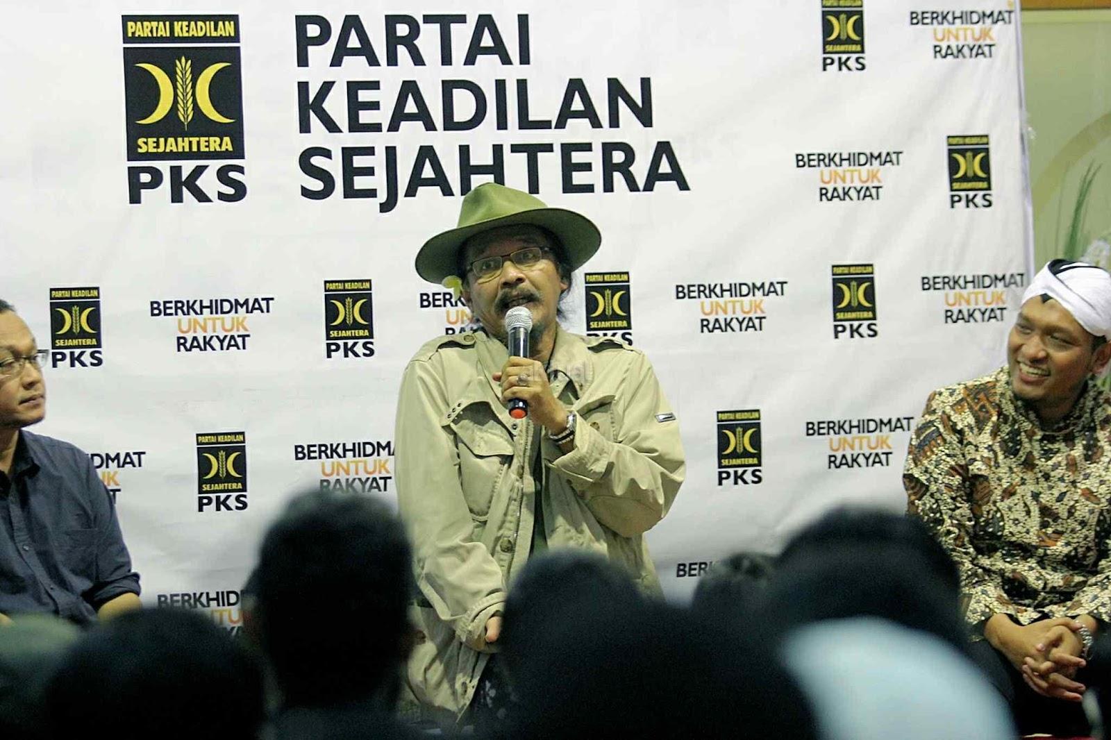 Meski Bukan Fans UAS, Sudjiwo Tedjo Ingatkan Bahaya yang Terjadi Karena Persekusi Tausiyah