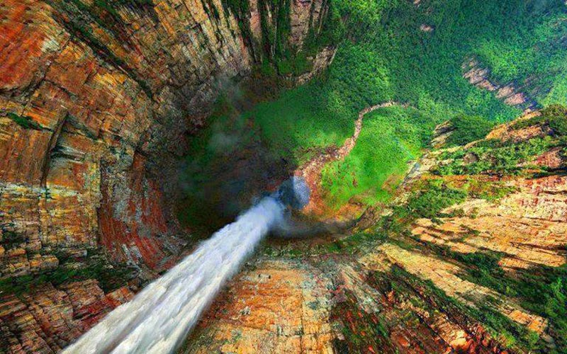 2. Angel Falls, Venezuela - 7 Waterfalls That Will Take Your Breath Away