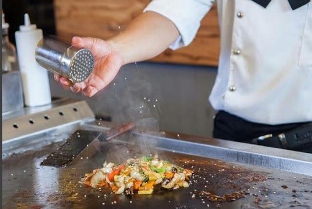 Malaysia Larang Warga Asing Kerja Sebagai Koki di Restoran