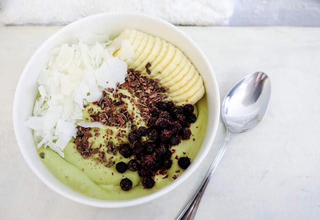 Banana health benefits, Banana nutrition, Banana benefits, Earning banana, Benefits of earing banana