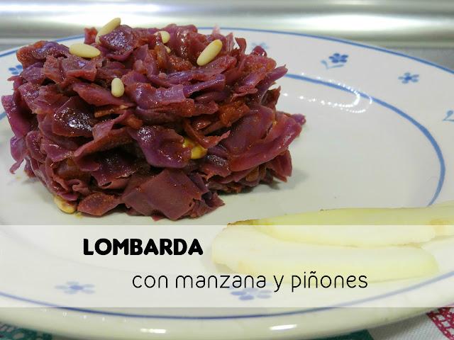 Lombarda con manzana y piñones