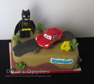 batman cake sugarpaste