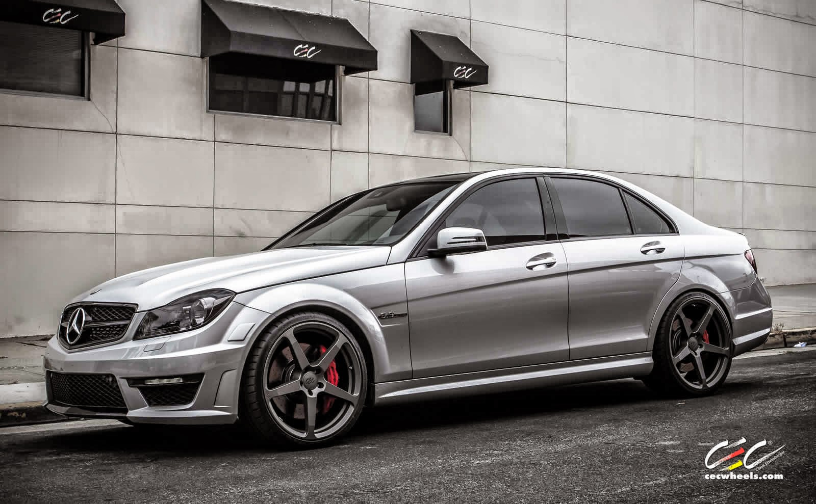 mercedes benz w204 c63 amg with cec c884 wheels benztuning. Black Bedroom Furniture Sets. Home Design Ideas