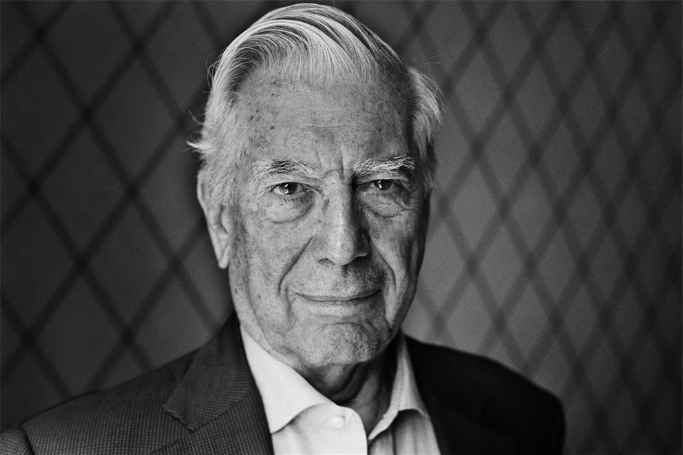 mario vargas llosa essay Mario vargas llosa deserved nobel for his genius essays newly reissued collections of his essays prove the author is one of the greatest, most versatile writers alive.