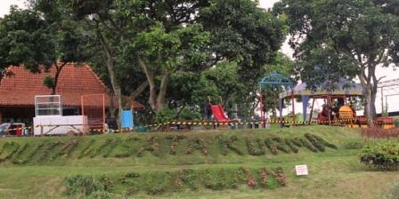 Permalink ke Wisata Kebun Kurma Pasuruan, Destinasi Baru Yang lagi Hits