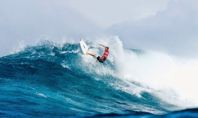 6 Vans World Cup of Sufing 2014 Dusty Payne Foto ASP