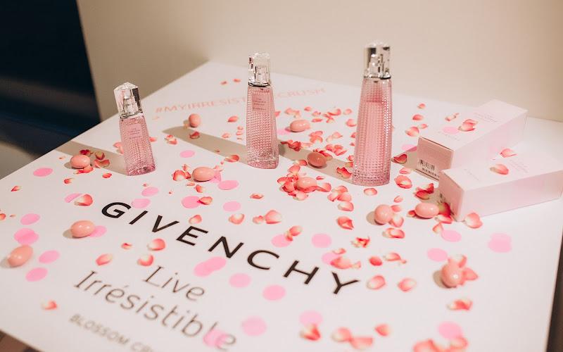 аромат Givenchy