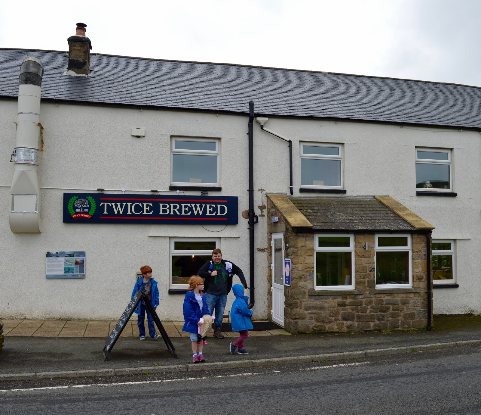 Exploring Hadrian's Wall by Bus with Go North East AD122 - Twice Brewed Pub Review
