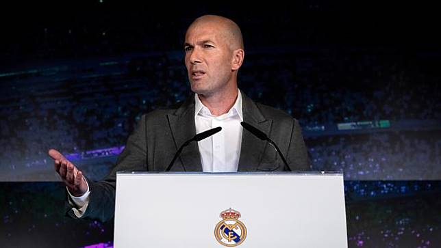 Zidane Jadi Pelatih ke-11 yang Keluar-Masuk Real Madrid