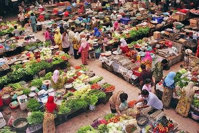 Wisata Belanja di Pasar Ikan Lama