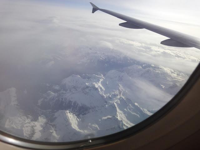 Flug mit Lufthansa über die Alpen