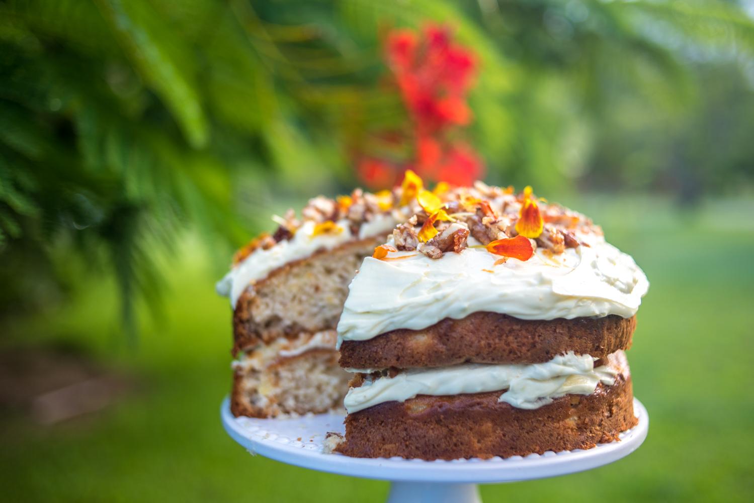 Hummingbird Cake Recipe Jamie Oliver: Pomegranate & Pamplemousse: Hummingbird Cake