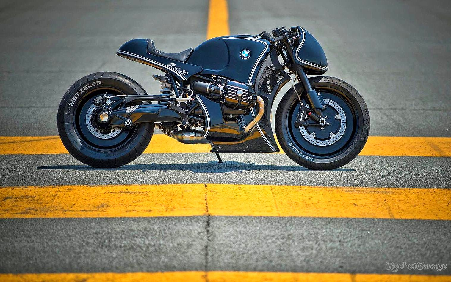 bmw r nine t custom project rocketgarage cafe racer magazine. Black Bedroom Furniture Sets. Home Design Ideas